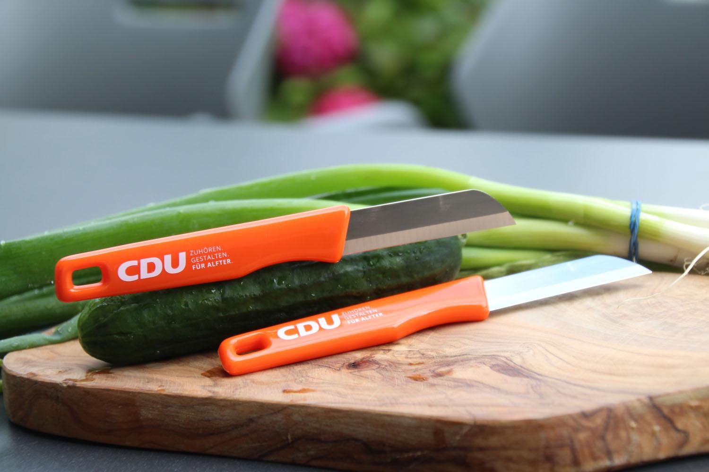 Küchenmesser mit Werbeaufdruck auf dem Griff